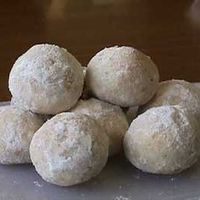 Almond+Cookie+Balls+by+catherine