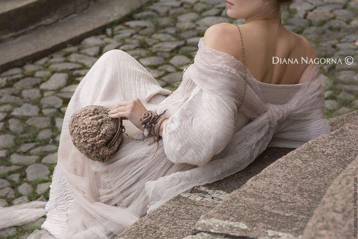 """Купить """"PalePinkKiss""""  войлочный браслет - бледно-розовый, браслет, войлочные бусы, украшение на шею, украшение"""