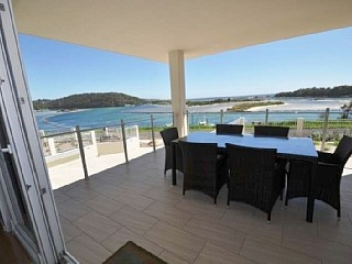 Amazing Narooma Holiday Accommodation on the Waterfront - Unit 2. 'Wharf Apartments' (BHRE-1078) http://www.homeaway.com.au/holiday-rentals/australia/narooma/r36875