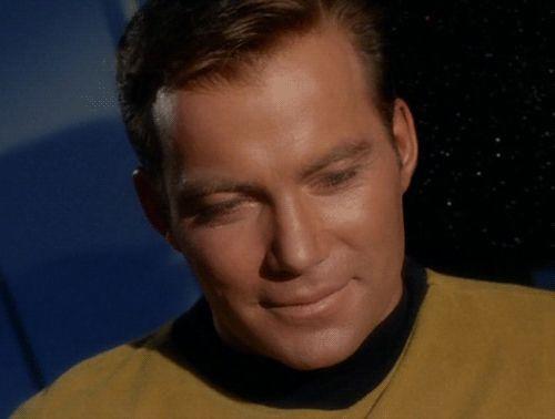 Jim Kirk has beautiful eyelashes pass it on!