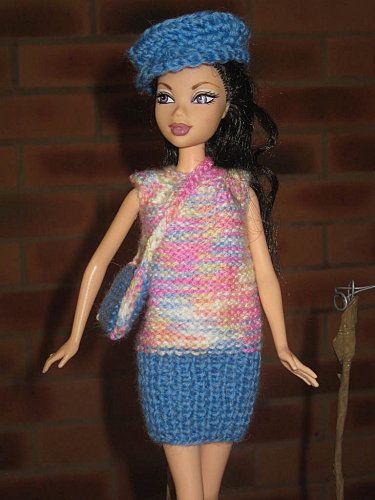 Bonjour à tous et à toutes, Aujourd'hui Barbie vous montre une nouvelle petite robe décontractée pour se promener, son petit sac assorti et sa casquette. Cette petite robe est réalisée en cotes et en jersey envers, mais si vous préférez vous pouvez la...