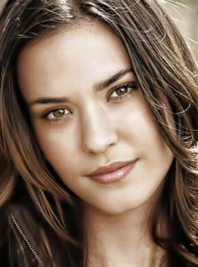 www.starnostar.com/who-is-Odette-Annable?