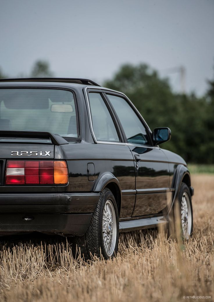"""That's right, folks: long before the """"xi"""" models of the E46 3-Series generation, or the """"xDrive"""" E90 cars, or the current models, which are called something like """"xDrive28isDrive,"""" BMW made an all-wheel drive E30 3-Series. They didn't make many of them, and they all went to up-and-coming yuppies in Colorado."""