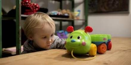 Pilfinger. På Børnemuseet må man alt det, man ikke må på normale museer. - Foto: Peter Hove Olesen