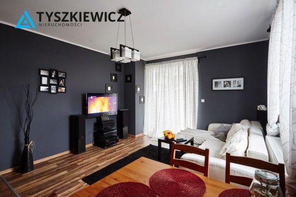 Mieszkanie w stanie idealnym, z ogródkiem, na Osiedlu Morskim. Rewelacyjna lokalizacja, dogodny dojazd do zarówno do centrum miasta jak i do obwodnicy, prowadzącej do Gdańska i dalej. Miejsce idealne do wypoczynku po dniu pracy, cisza, spokój.  #gdynia #mieszkanie #cisza #spokoj #realestate CHCESZ WIEDZIEĆ WIĘCEJ? KLIKNIJ W ZDJĘCIE