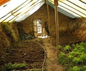 17 best ideas about serre pour jardin on pinterest mini. Black Bedroom Furniture Sets. Home Design Ideas