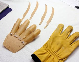 Forming Freddy Krueger glove parts with Worbla