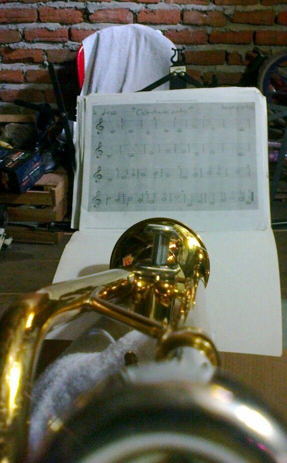 Trompeta yamaha trumpet calentamiento :D beautiful