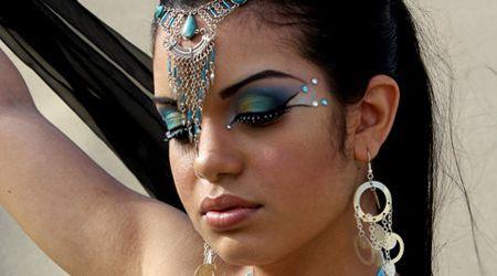 Maquillaje de Árabe Exótico Paso a Paso - Para Más Información Ingresa en: http://maquillajedefantasia.com/maquillaje-de-arabe-exotico-paso-a-paso/