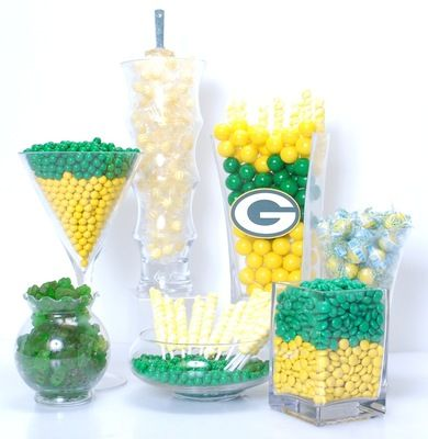 Green Bay Packers Candy Buffet for when I host the Super Bowl party :)