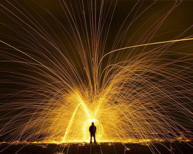 explosion-of-light-351.jpg (640×513)