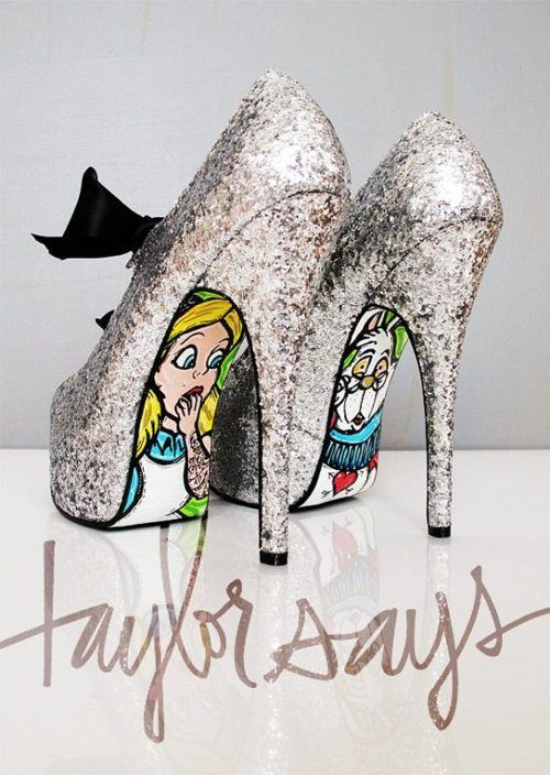 Oh my gosh.  This incorporates so many of the best things. Alice in wonderland, glitter, a tall slim heel, and a bow!!! <3 <3 <3
