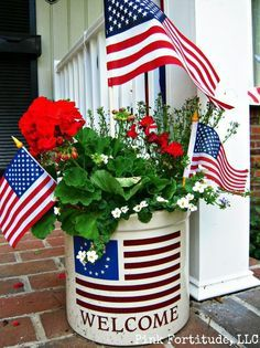 Is That a White Bucket?  Very Clever.  Happy Memorial Day ~ Patriotic Decorations