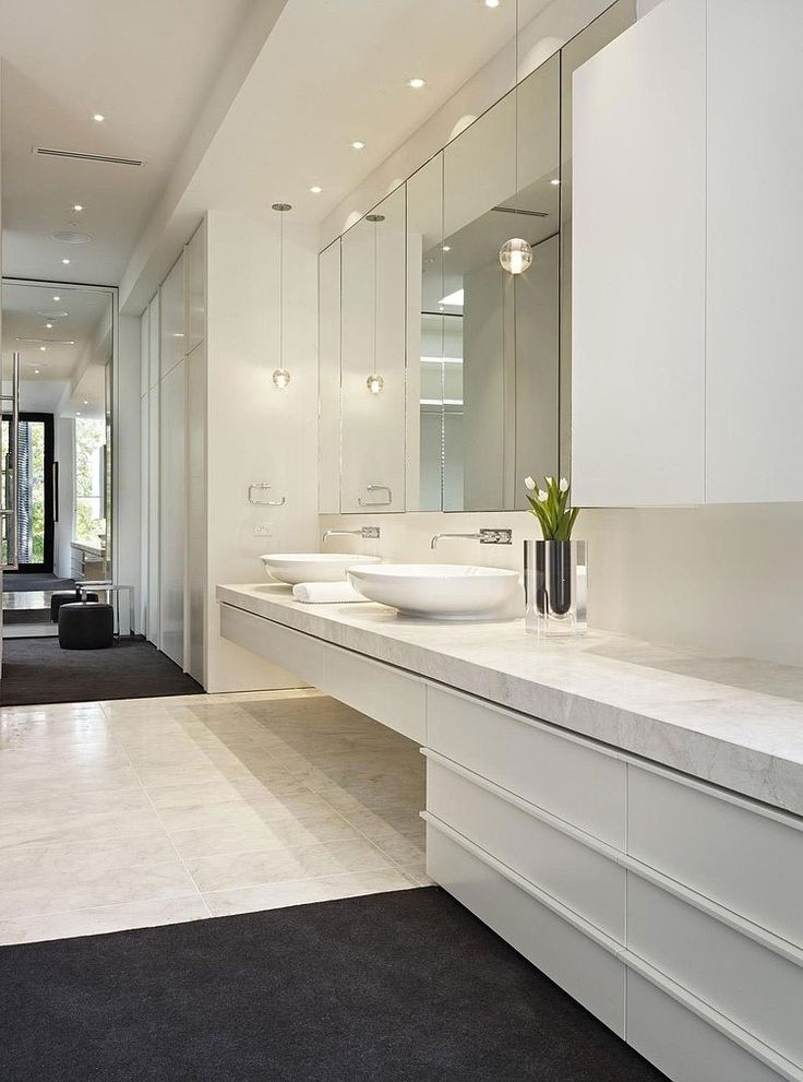 Verdant Avenue House by Robert Mills Architects