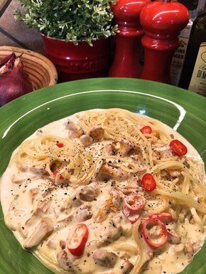 Jolines spagetti med krämig kantarellsås – Kryddburken