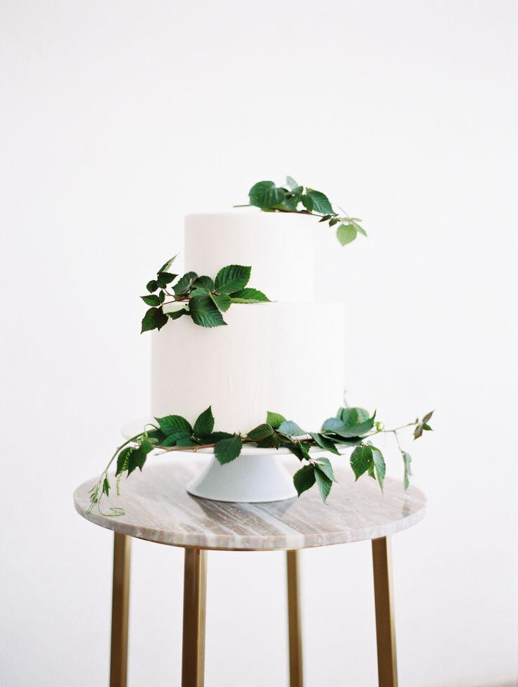 Minimal Greenery Wedding Cake