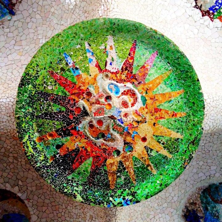 Gaudi mosaic / Barcelona    ----    Arq. Antoni Gaudí (25 de junio 1852, Reus -10 de junio 1926, Barcelona) España.