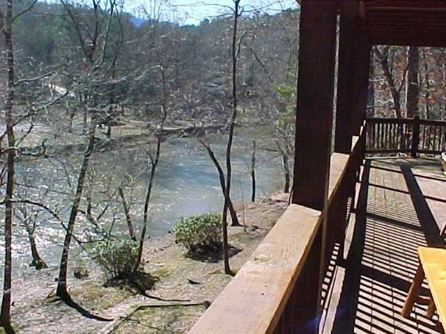 A peace of paradise stressbuster cabin rentals north for Ellijay cabins for rent by owner