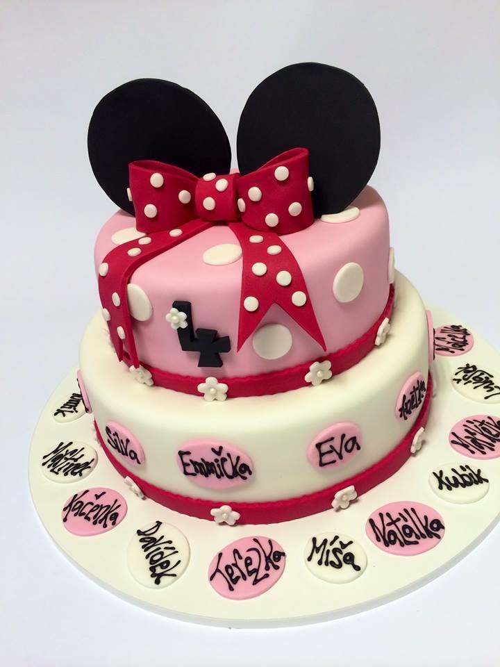 Dětský dortík s myškou Minnie, ozdobený oválky se jmény dětí ze školky.