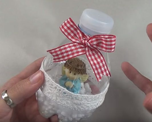 Pallina di Natale da riciclo bottiglie di plastica – Video Tutorial