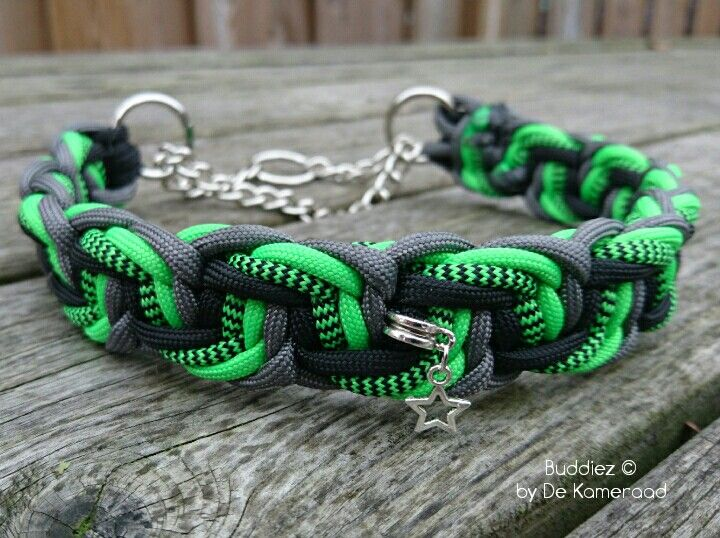 Paracord dog Collar. Handmade by buddiezbydekameraad Www.buddiezbydekameraad.nl