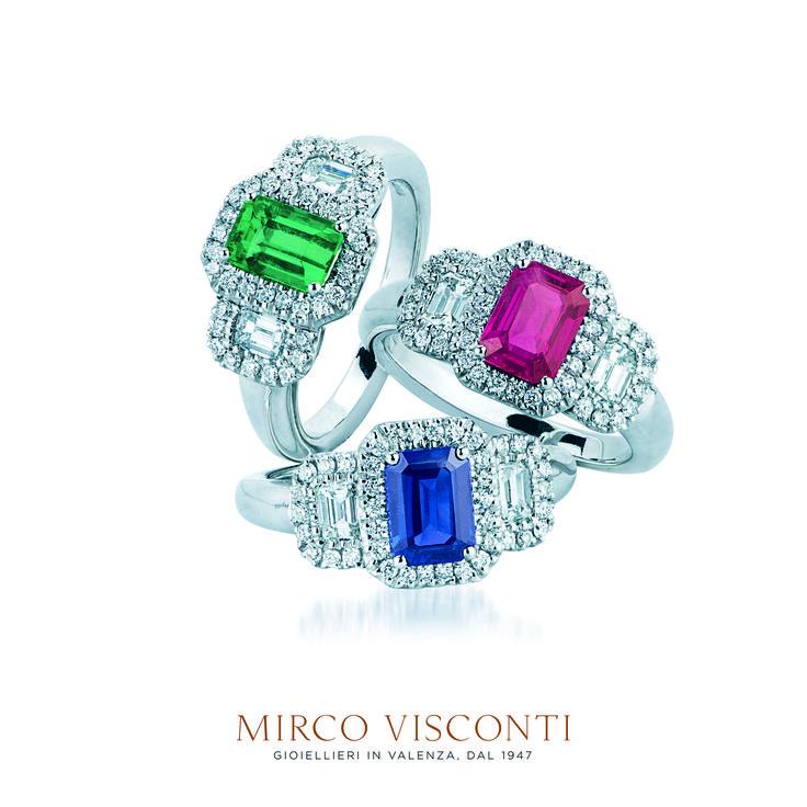 Anelli oro bianco 750%. Diamanti taglio brillante.  Smeraldo, Rubino, Zaffiro.