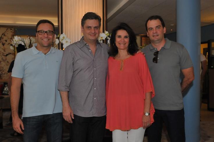 Marcio, Luiz, Olivia e Gordilho - sócios da Africa