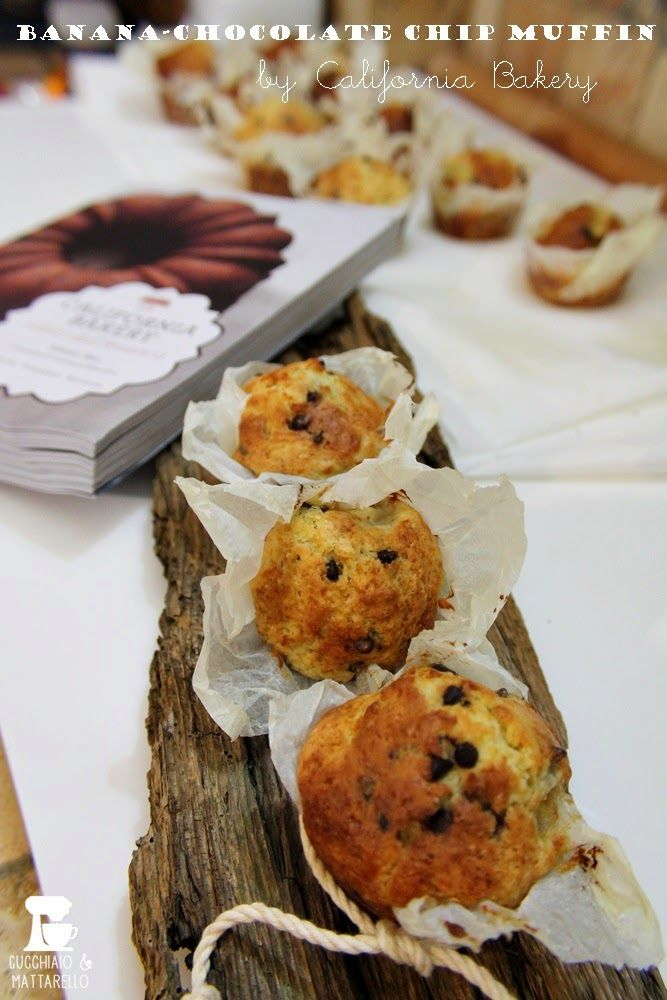 cucchiaio e mattarello: banana-chocolate chip muffin | ricetta di Californ...http://www.cucchiaioemattarello.it/2014/03/banana-chocolate-chip-muffin-ricetta-di.html