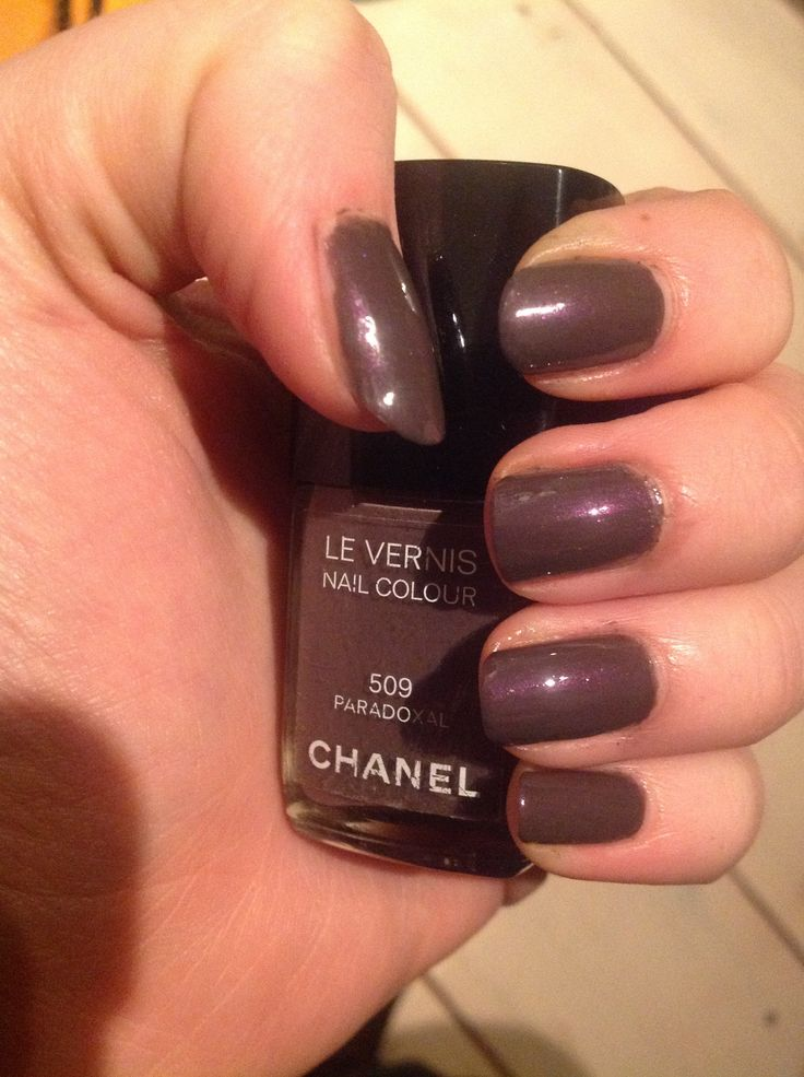 Chanel nails - 509 Paradoxal This is the one that started my collection