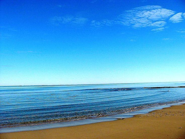 Cool iPad Backgrounds: Ocean Beach iPad Background