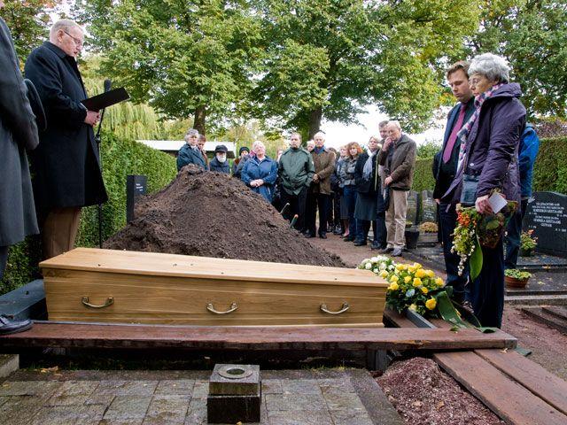 De begrafenis van Anthony.