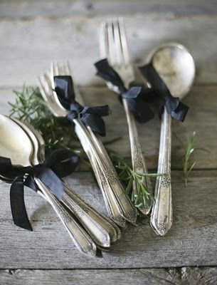 vintage silver cutlery tied up with black ribbon...: Black Ribbon, Table Settings, Place Settings, Wedding Ideas, Ribbons, Cutlery, Vintage Silverware, Party Ideas