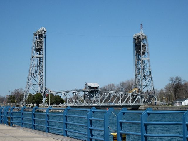 Rising Bridge over the Welland Canal