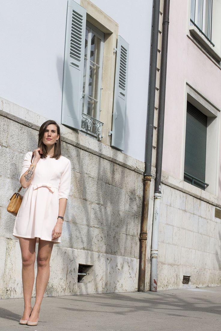 Les jolis noeuds / Inspiration par Les Cachotières /La Petite Robe Rose Pastel avec noeud - Little Pastel Pink Dress with a bow