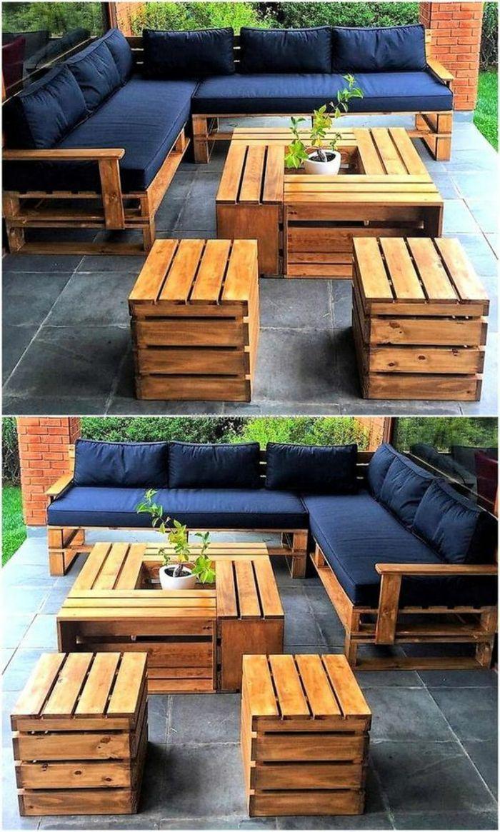 Gartenmöbel in Paletten, Sofa in Palette, Sesselpalette, Tisch mit