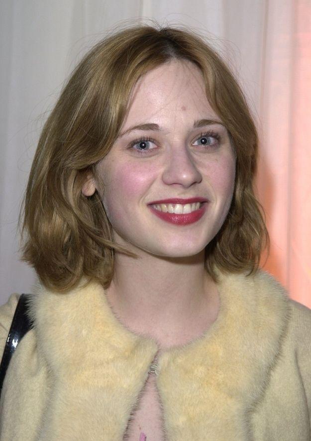 Blonde Zooey Deschanel...