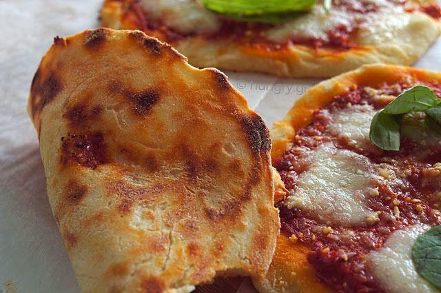 Kitchen Stori.es: Ζύμη Πίτσας-Εύκολη Πίτσα