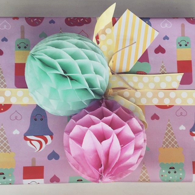 """""""Little Miss Indiana's Minnie Mouse Easter egg is hidden under all that gorgeousness! Can't wait for Easter. #easter #easterideas #wrapping #wrappingideas"""""""