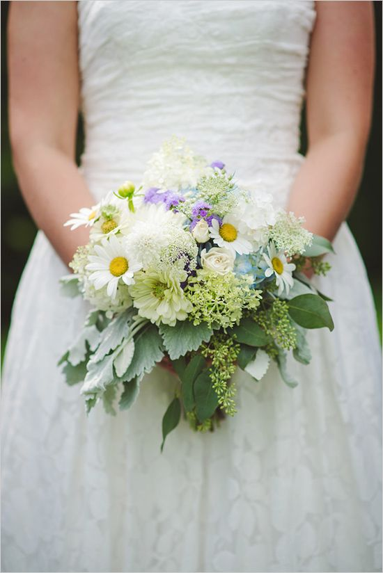 Wedding Flowers With Daisies : Daisy wedding bouquet dress