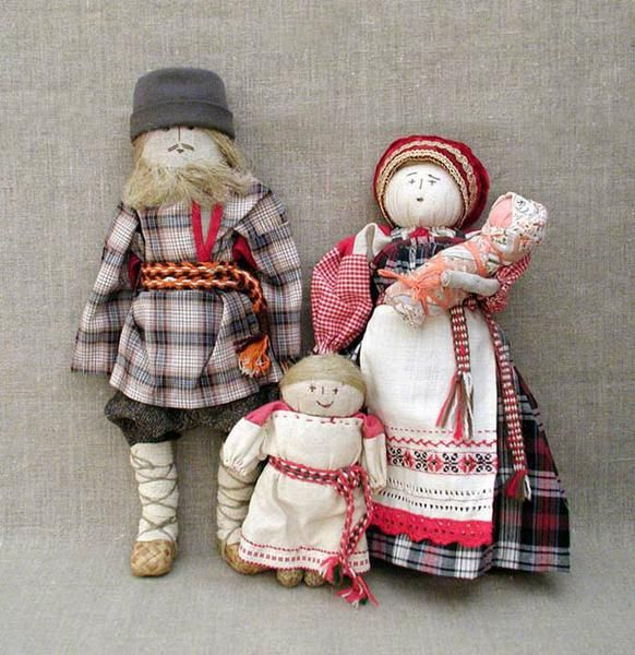 Народные куклы и игрушки