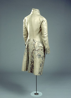 late 18th century  Danish, imported silk. Ah, something Sir Syllabub might have worn on that fateful occasion ....#GreenwoodTree