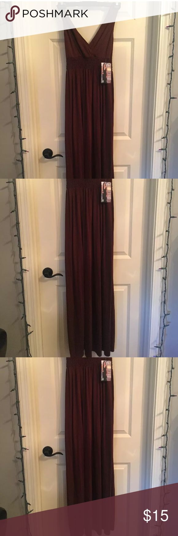 Brown summer maxi v neck dress Brown maxi dress NWT Dresses Maxi