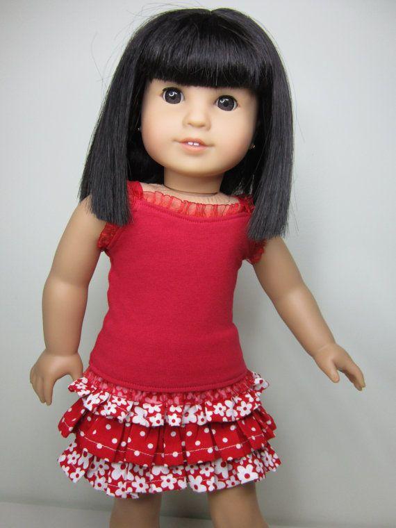 Réservoir rouge-vêtements poupée American Girl strappy avec volant garniture et rouges et blancs volants jupe.