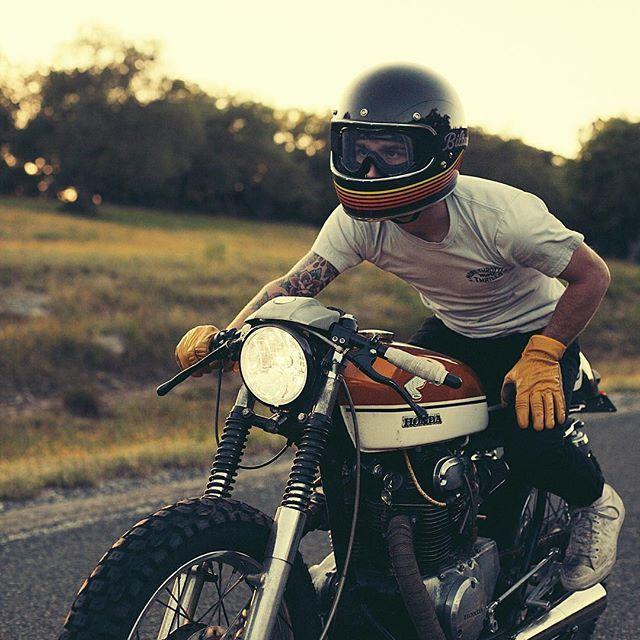 Cb350 honda and Biltwell helmet                                                                                                                       …
