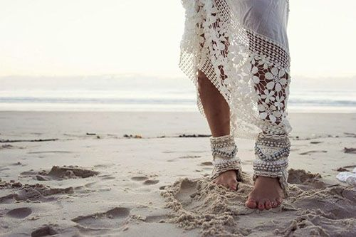 White lace long skirts
