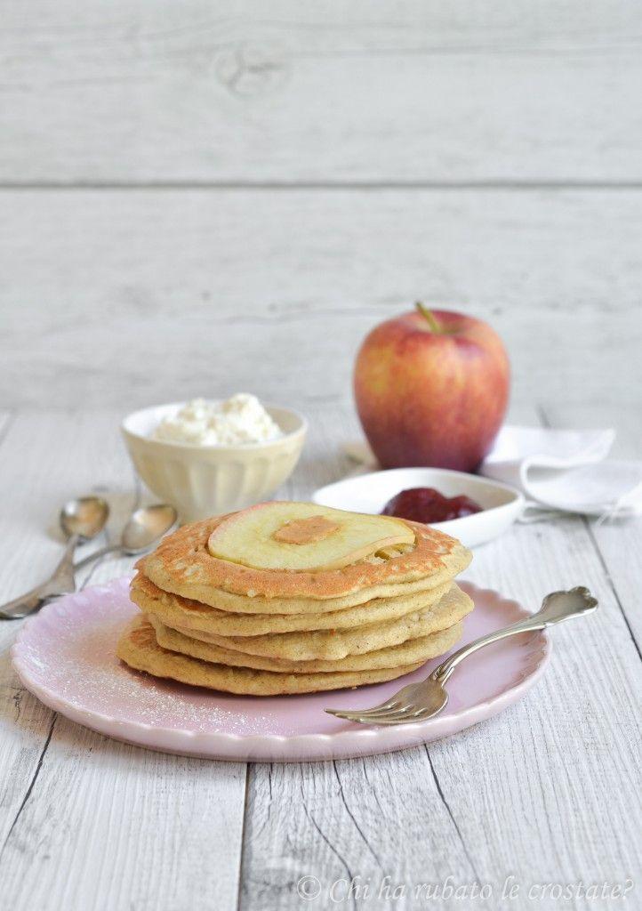 Pancake integrali alla mela (senza glutine, senza zucchero)