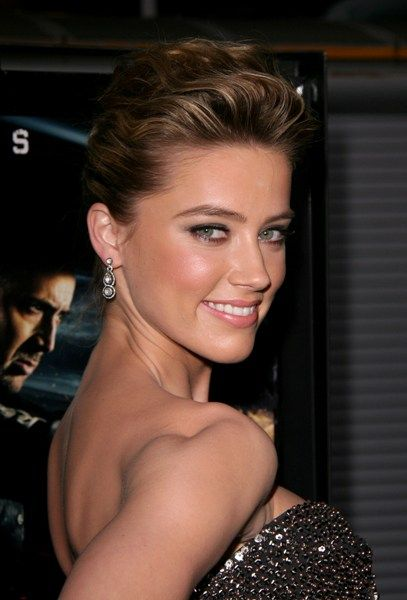 Amber Heards sexy, updo hairstyle