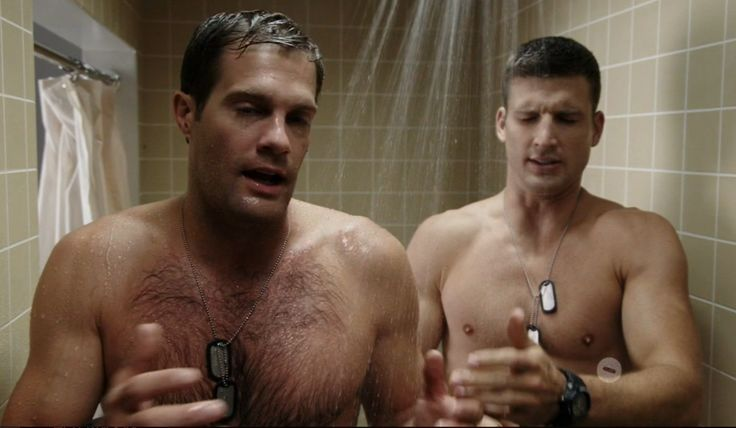 Geoff Stults and Parker Young - Enlisted S01E03 Prank War