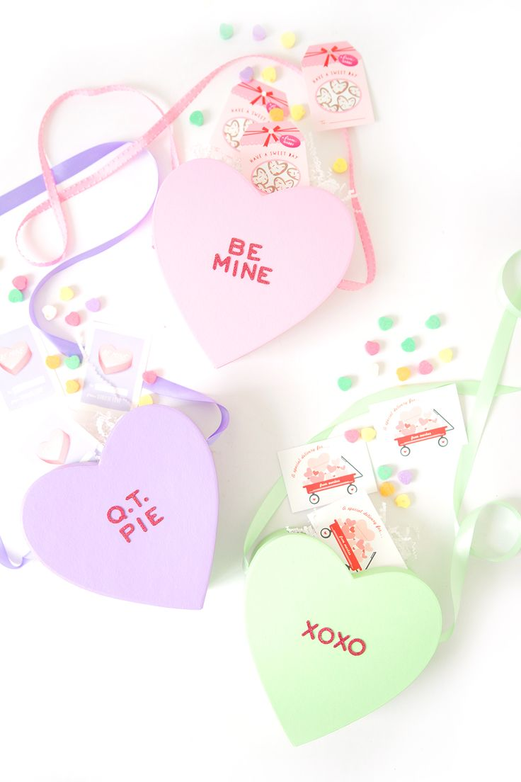 I hate conversation hearts for eating. I love conversation hearts for crafting. I also love a crossbody bag. It's the beauty of hands-free while also having all your goods safely stashed by your side.