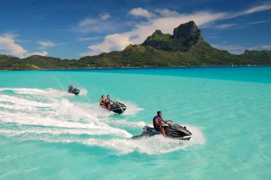 Our list of the very best things to do in Bora Bora!This pearl of an island offers so many activities and excursions, but don't miss these top experiences that are uniquely Bora Bora.